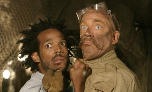 Marlon Wayans and J.K. Simmons in The Ladykillers