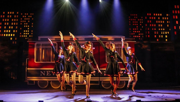 3692362b4d41cc Bullets Over Broadway the Musical – Theatre Review  Phoenix Theatre ...